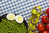 Eggs, Peas, and Tomatoes — Stock Photo