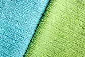 2 つの色のテリー織りのタオル — ストック写真