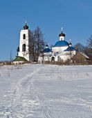 Old russian country church in winter time — Stock Photo