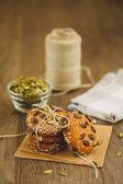 Galletas caseras con semillas de sésamo y chocolate — Foto de Stock