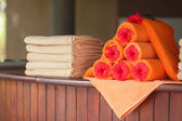 Towels by the pool at the resort — Stock Photo