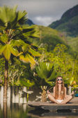 Meditation while on vacation in Hawaii. — Stock Photo