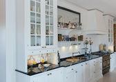 Cozinha branca — Fotografia Stock