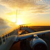 Solnedgång aicraft — Stockfoto
