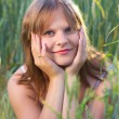 Girl In Wheat Field — Stockfoto #12629779