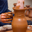 Potter makes a jug out of clay — Stock Photo