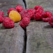 Ripe tasty raspberries — Stock Photo #27946975