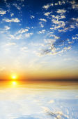 Bel tramonto sul mare — Foto Stock