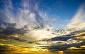 Beautiful sunset above the sea. — Stock Photo