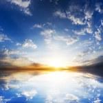 soluppgången över havet — Stockfoto #50881853
