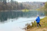 Мальчика рыбалка — Стоковое фото