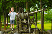 Boy with canon — Stock Photo