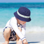 Boy at the beach — Stock Photo
