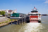 Tourist boat Natchez on Mississippi River — Stock Photo