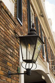Old gas lamp in the streets of New Orleans, Louisiana, USA — Stok fotoğraf
