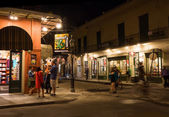 Street with shops, and cafes in the french quarter of New Orleans — Foto de Stock