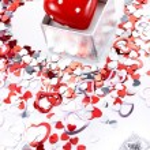 Small Valentine gift — Stock Photo #18010341