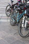 Biciclette parcheggiate — Foto Stock