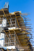 Scaffolding on building site — Stock Photo
