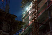 Construção industrial à noite — Foto Stock