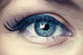 Young woman eye closeup — Stock Photo