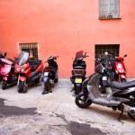 Italian narrow street with motor bikes — Stock Photo #1801407