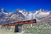 Treinar no alpes — Foto Stock