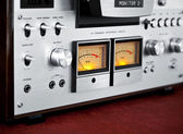 Analog Stereo Open Reel Tape Deck Recorder VU Meter — Stock Photo