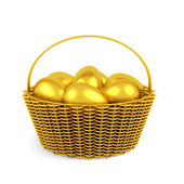 Złoty pisanek w koszyku na białym tle — Zdjęcie stockowe