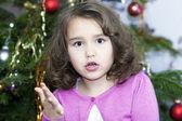 Portrét překvapila malá holčička — Stock fotografie