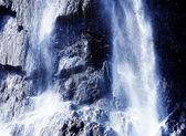 Große wasserfälle-streams und funken des wassers — Stockfoto