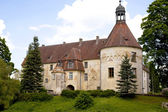 Ancient medieval castle Jaunpils — 图库照片