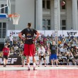 The Riga City Festival baskeball match in the old city of center — Stockfoto