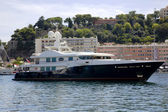 Luxurious yachts in port of Monte Carlo — Stockfoto