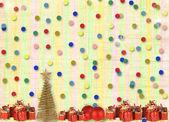 Presentes e bolas debaixo da árvore de natal sobre o abstract backgro — Foto Stock