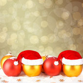 рождественский бал в шапке санта-клауса на абстрактных фонов — Стоковое фото