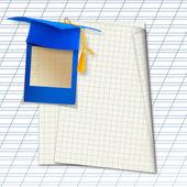 Tappo di bordo o laurea mortaio con vetrino blu sullo sfondo — Foto Stock