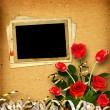Album with red roses and tulips — Stock Photo