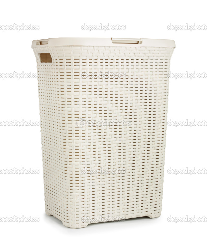Cesta de mimbre para ropa sucia aislado sobre fondo blanco foto de stock 47315475 - Cestos de mimbre blanco ...