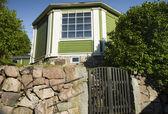 Privat houten huis — Stockfoto