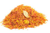 Pile of Safflower (Substitute for Saffron) Isolated on White Background — Stock Photo