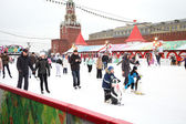 People skating on the Red Square  — Stock Photo