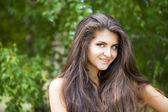 年轻漂亮的女人 — 图库照片