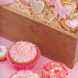 Muffins and сookies for valentine's day — Stock Photo