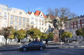 LVIV, UKRAINE, NOVEMBER 3, 2012: Galicka square, on November 3, 2012, in Lviv, Ukraine — Photo