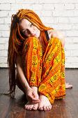 Linda garota com cabelo vermelho — Fotografia Stock