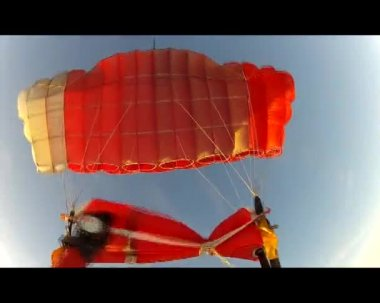 Video of parachute opening right.