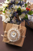 Flowers bouquet in the vintage box — Foto Stock