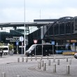 Schiphol Plaza shopping center in Airport of Amsterdam  — Stock Photo