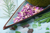 Spa rose petals and aromatic sticks — Stock Photo